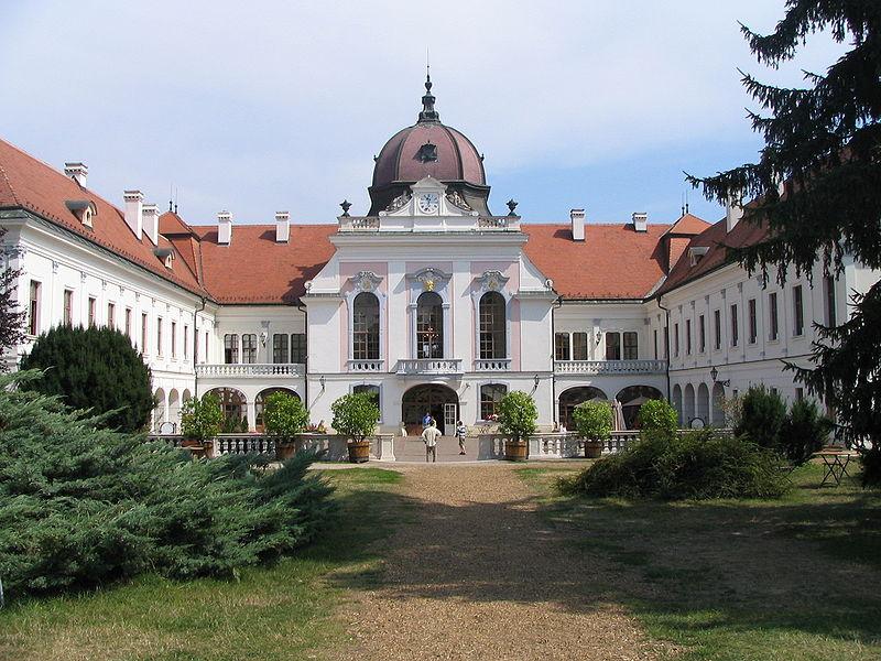 Godollo_palace1